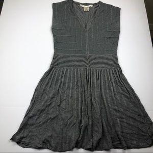 Women's max studio sweater dress size medium EUC